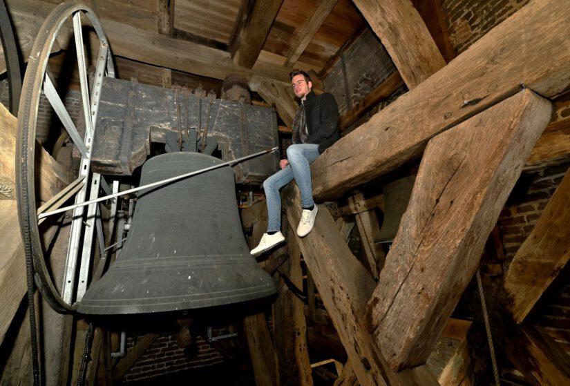 Maurits Bunt in de toren van de Grote Kerk Epe